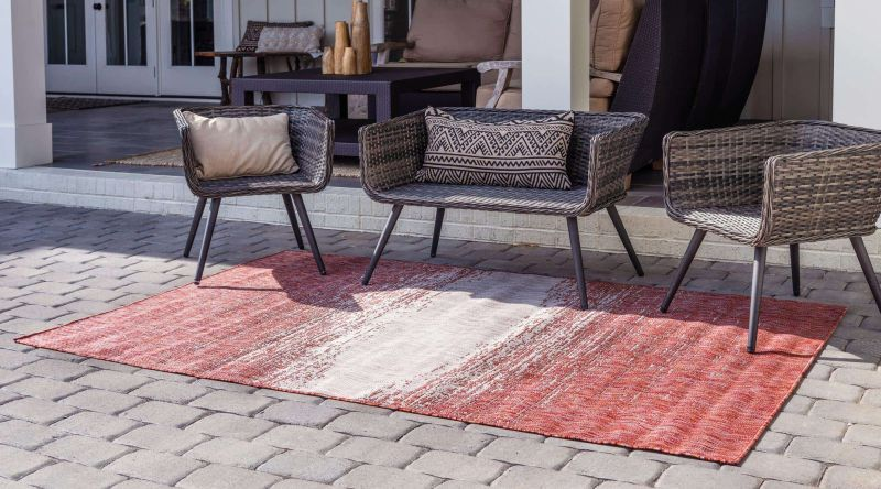 Red Outdoor Rugs –  A Perfect Fit For Cozy Lounge Spaces