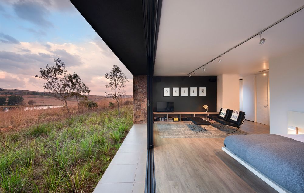 The bedrooms overlook the beautiful valley and enjoy a close connection to the outdoors