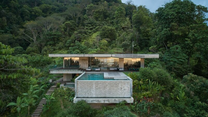 This Costa Rican Villa Melds Raw Edginess With a Natural Vibe in a Luxe Getaway
