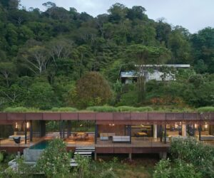 Enjoy Ocean Views From The Green Roof of This Costa Rican Jungle Villa