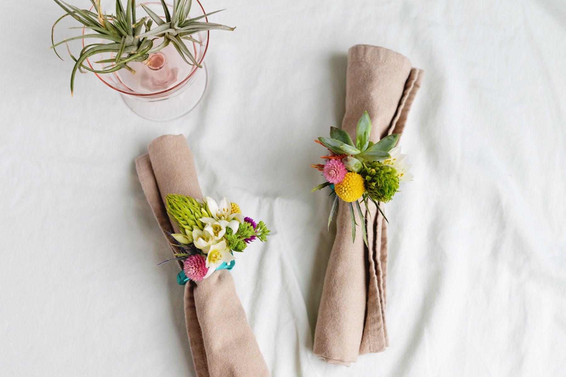 Spring-inspired napkin rings