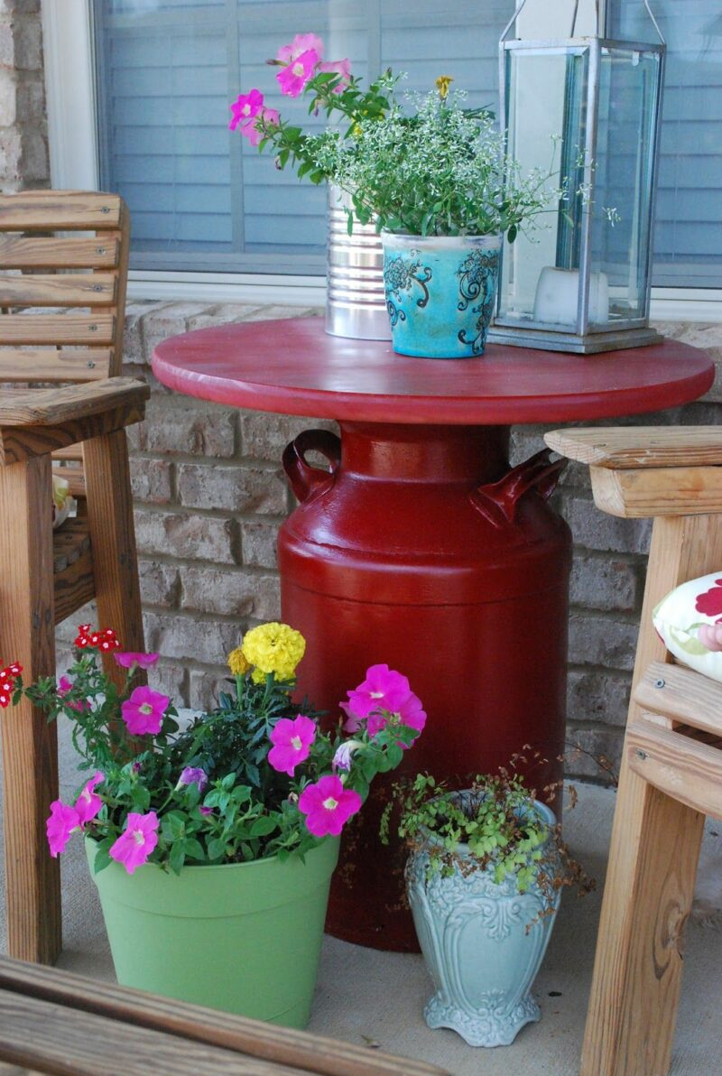 12 Simple Ways To Turn An Old Milk Can Into A Gorgeous Accent Piece For The Outdoors