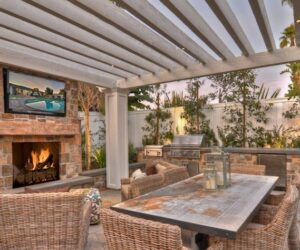 Creating The Ultimate Patio Relaxation By Choosing An Outdoor TV