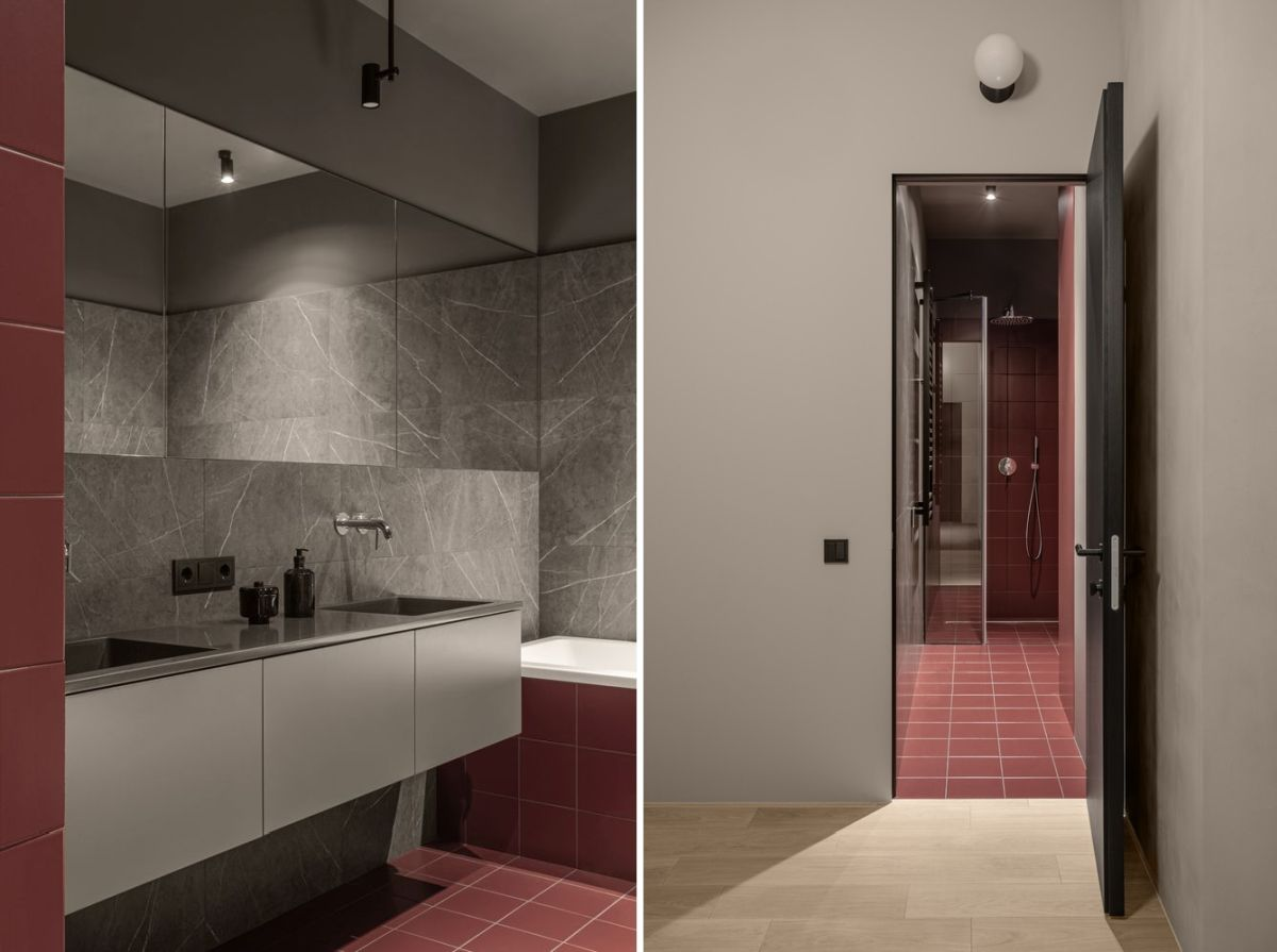 The red tiles have a very refreshing effect on the overall decor of the bathroom