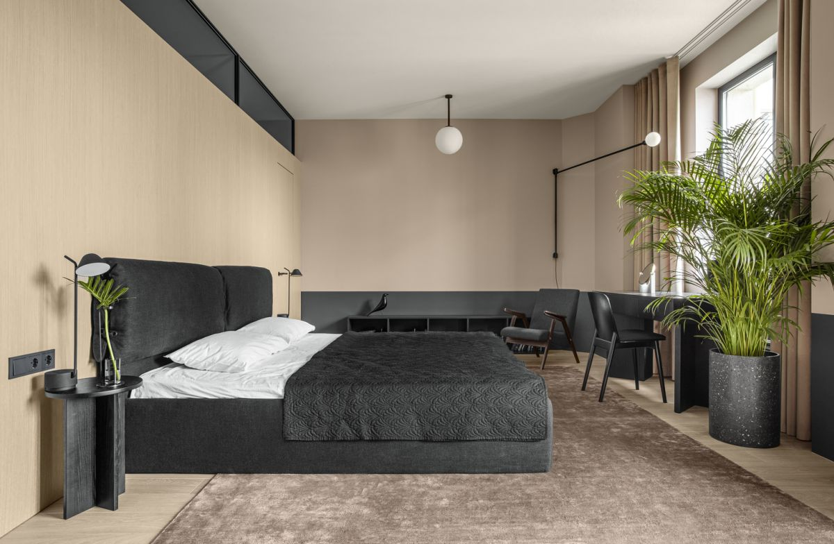 Beige is also a main color used in the bedroom in combination with different textures and finishes