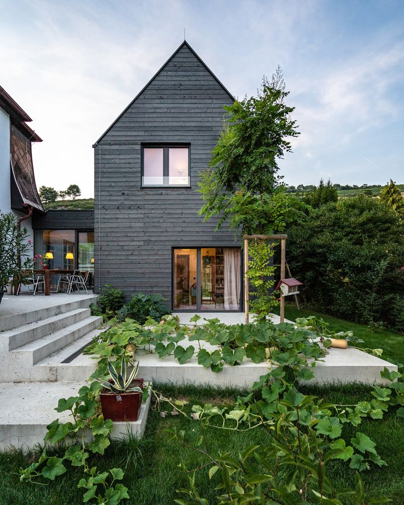 Another new structure is a two-story volume which houses the children's bedrooms