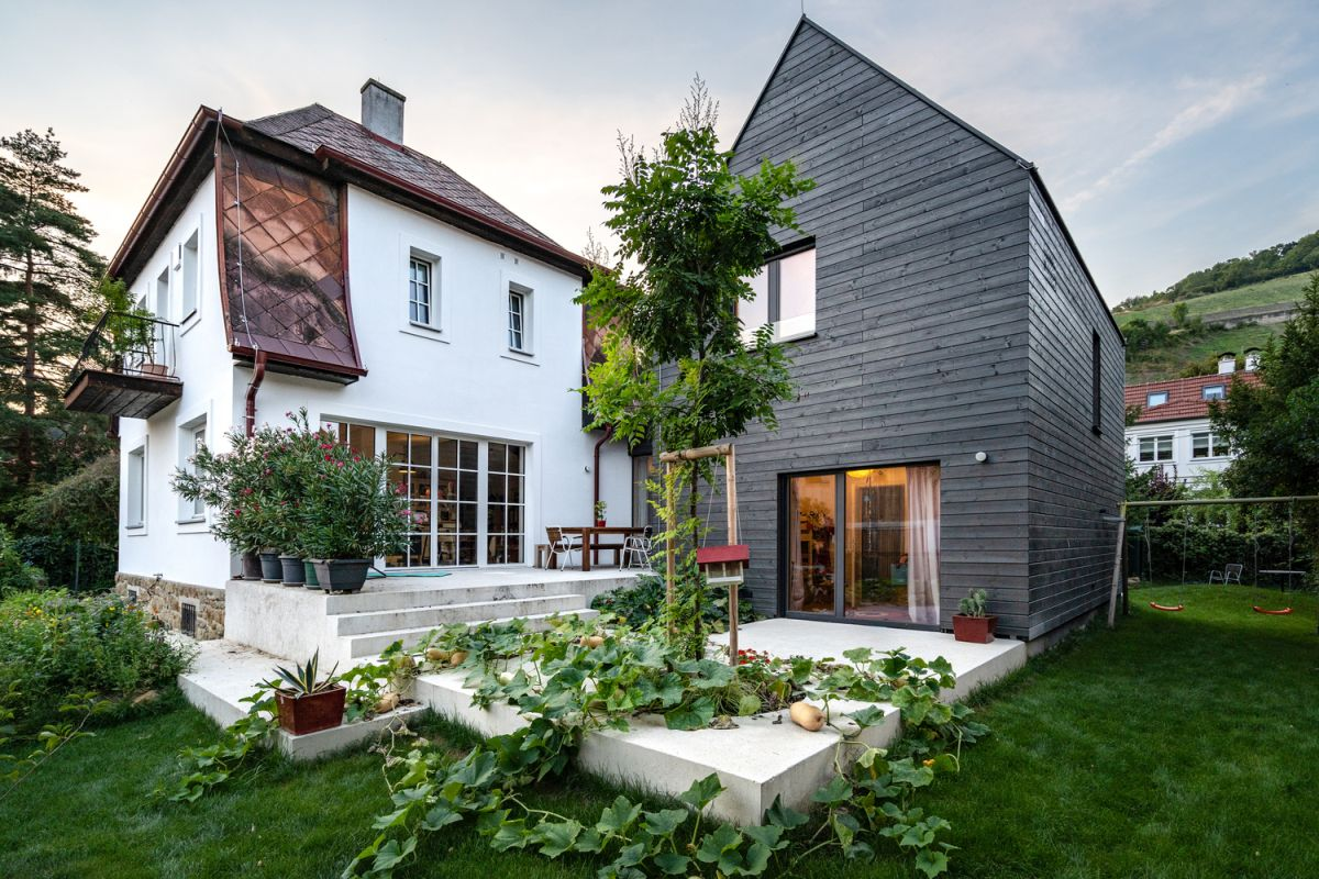 The original house was preserved and renovated without major alterations being done to its layout