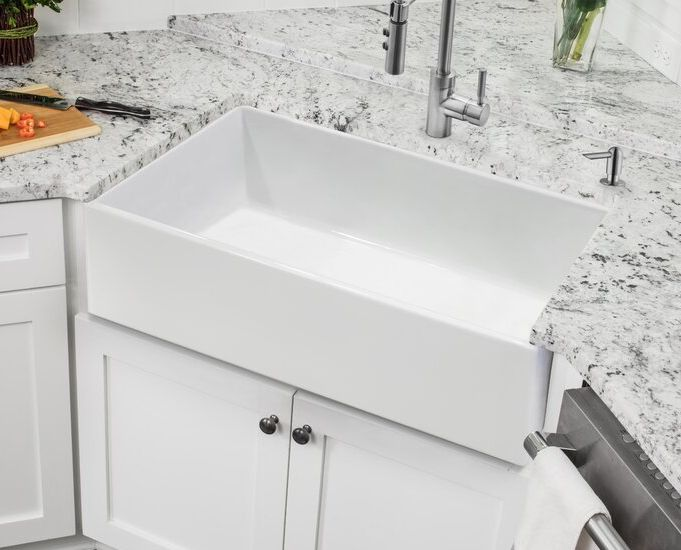 "SSFC30PLN 30"" L x 18"" W Farmhouse Kitchen Sink"