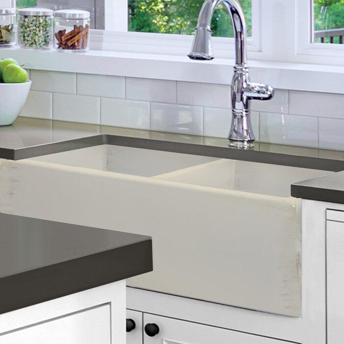 """Vineyard 33"""" L x 18"""" W Double Basin Farmhouse Kitchen Sink"""