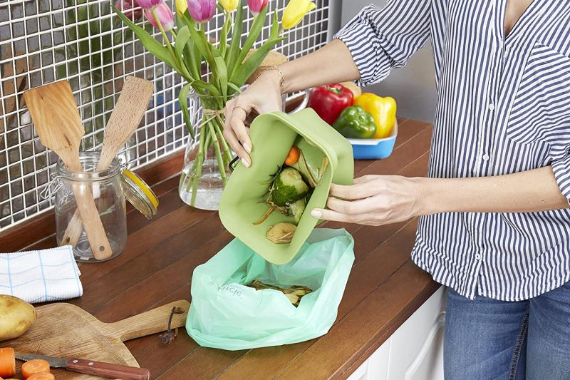 Turn Kitchen Scraps Into Gardening Gold With a Kitchen Compost Bin