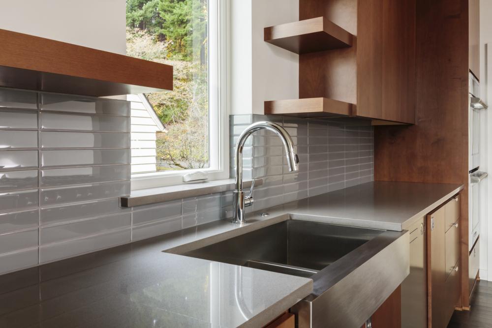 How to Choose a Farmhouse Sink