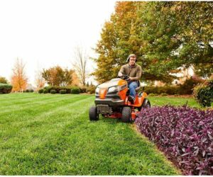 Riding Lawn Mowers – Must-Have Piece Of Equipment For Landscapers