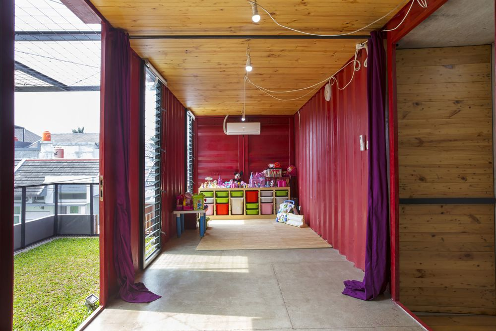 Indonesia Container for Urban Living Atelier Riri kids area - Industrial Family Home Made From Shipping Containers And Reclaimed Pallets