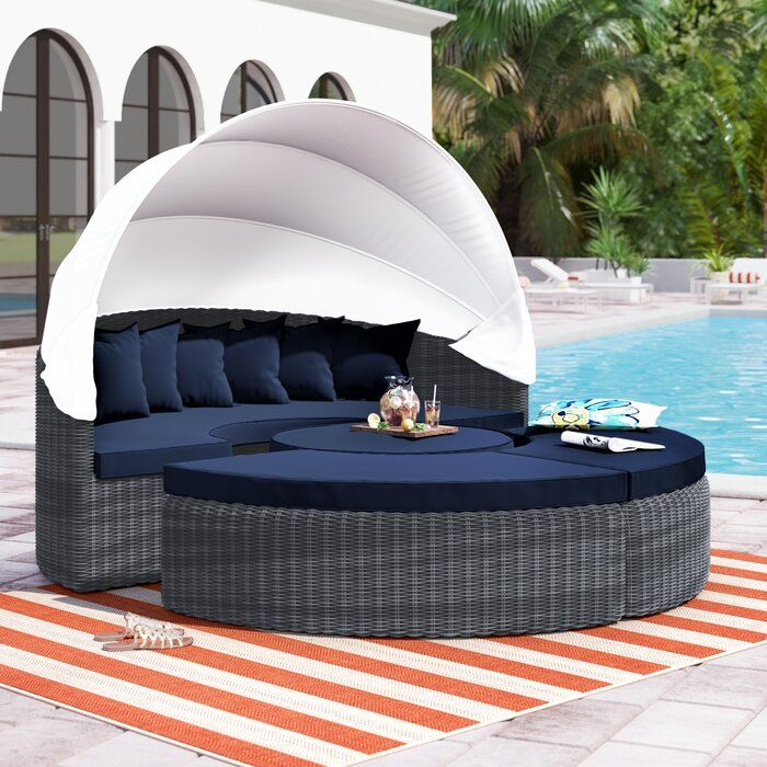 the best outdoor lounge