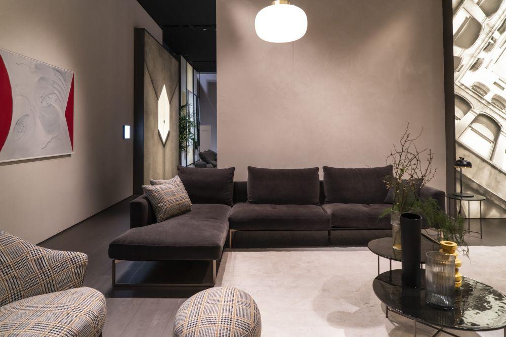 Bring on the Modern Minimalist Sofa