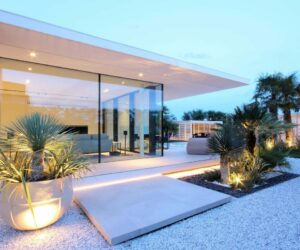 A Contemporary Beach Villa Split Into Two Identical Sections