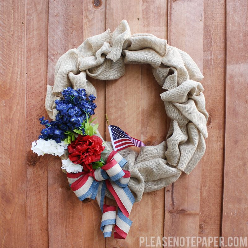 Beautiful 4th of July Wreath Crafts With Quirky And Patriotic Designs