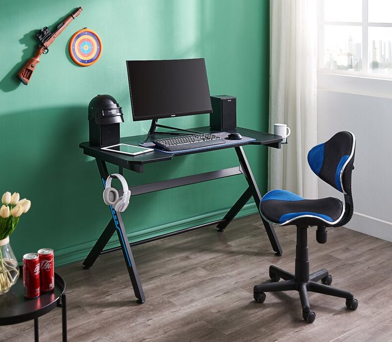The Best Gaming Desks Will Let You Get More Work And Play Done