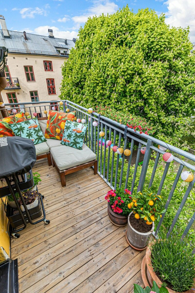 15 Beautiful Ways To Decorate A Balcony And Make It Feel Like a Part Of The Home