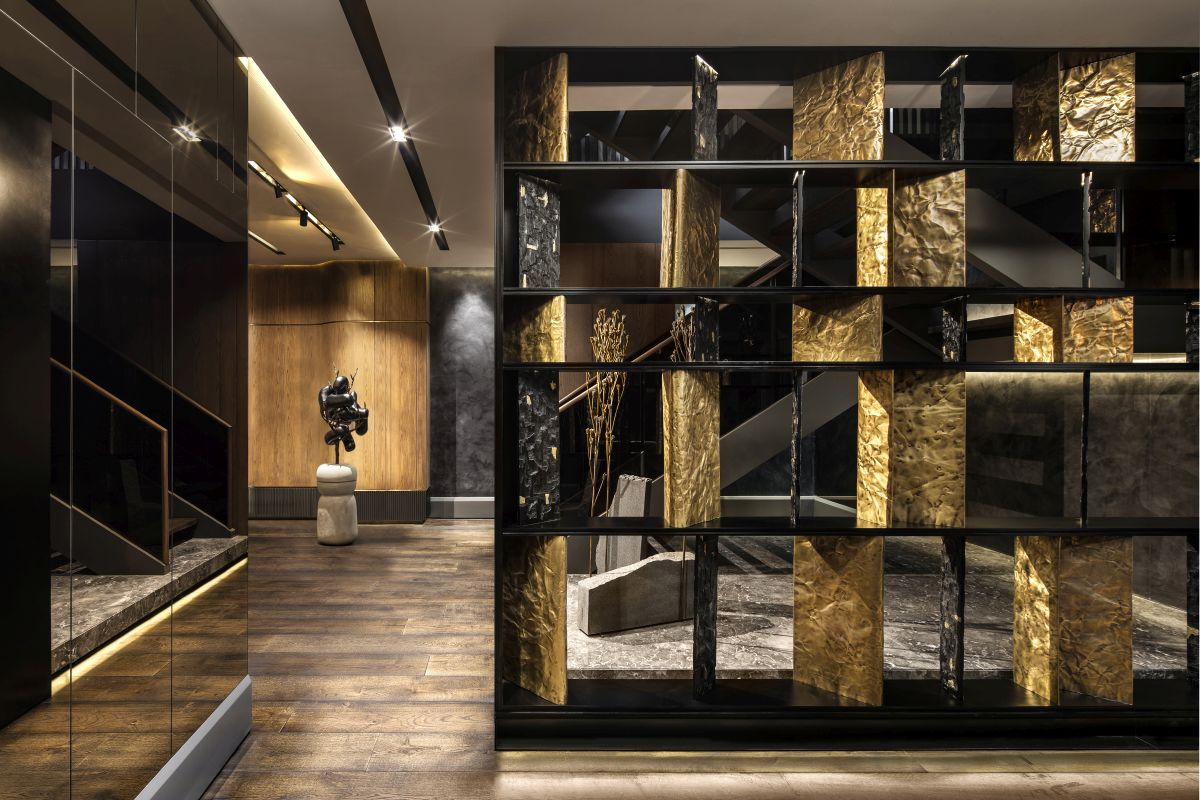 The interior as a whole has a very luxurious and sophisticated vibe without being overwhelmingly ornate