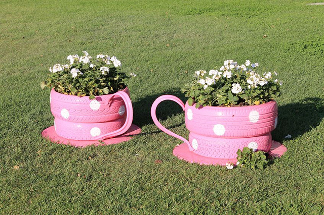 planter box ideas Tire Planters