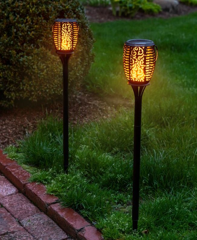 Stylish and Sustainable Homestead Solar Landscape Lighting