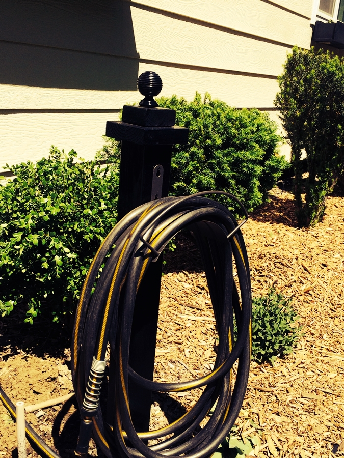 A practical hanger for the garden hose