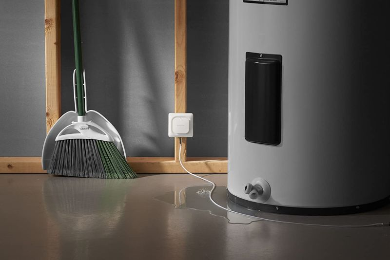 Honeywell Wi-Fi Water Leak & Freeze Detector