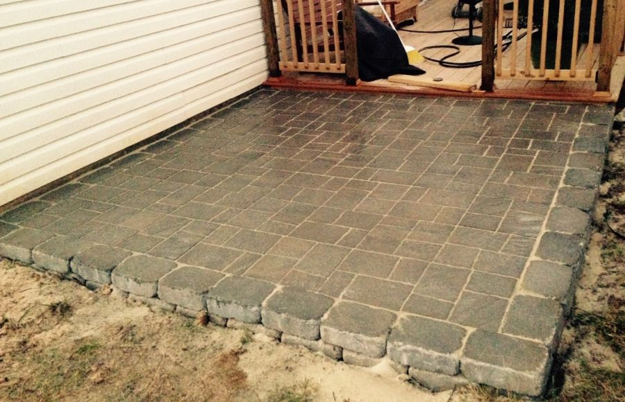 Extending the outdoor area with pavers