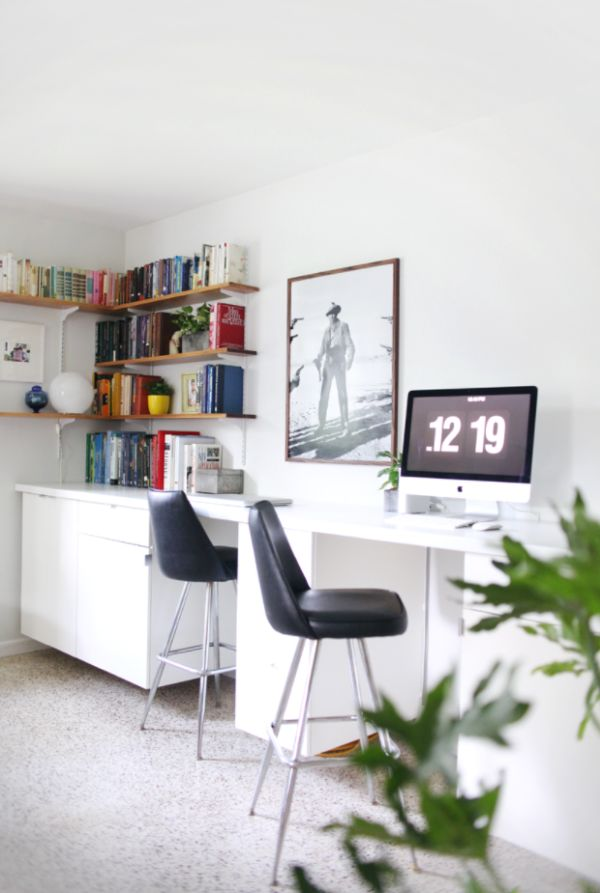 Large desk with extra features
