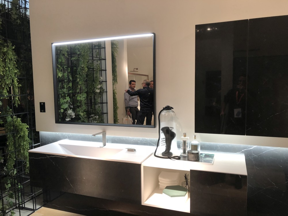 Marble is a beautiful and timeless material that can make any style of vanity look exquisite