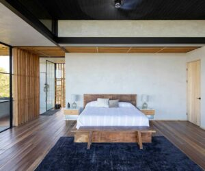 Minimalistic Costa Rica House Overlooks The Beautiful Pacific Ocean