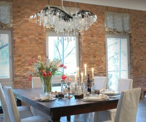Timeless Dazzle in Contemporary Home Design – Our Exquisite Selection of Black Chandeliers