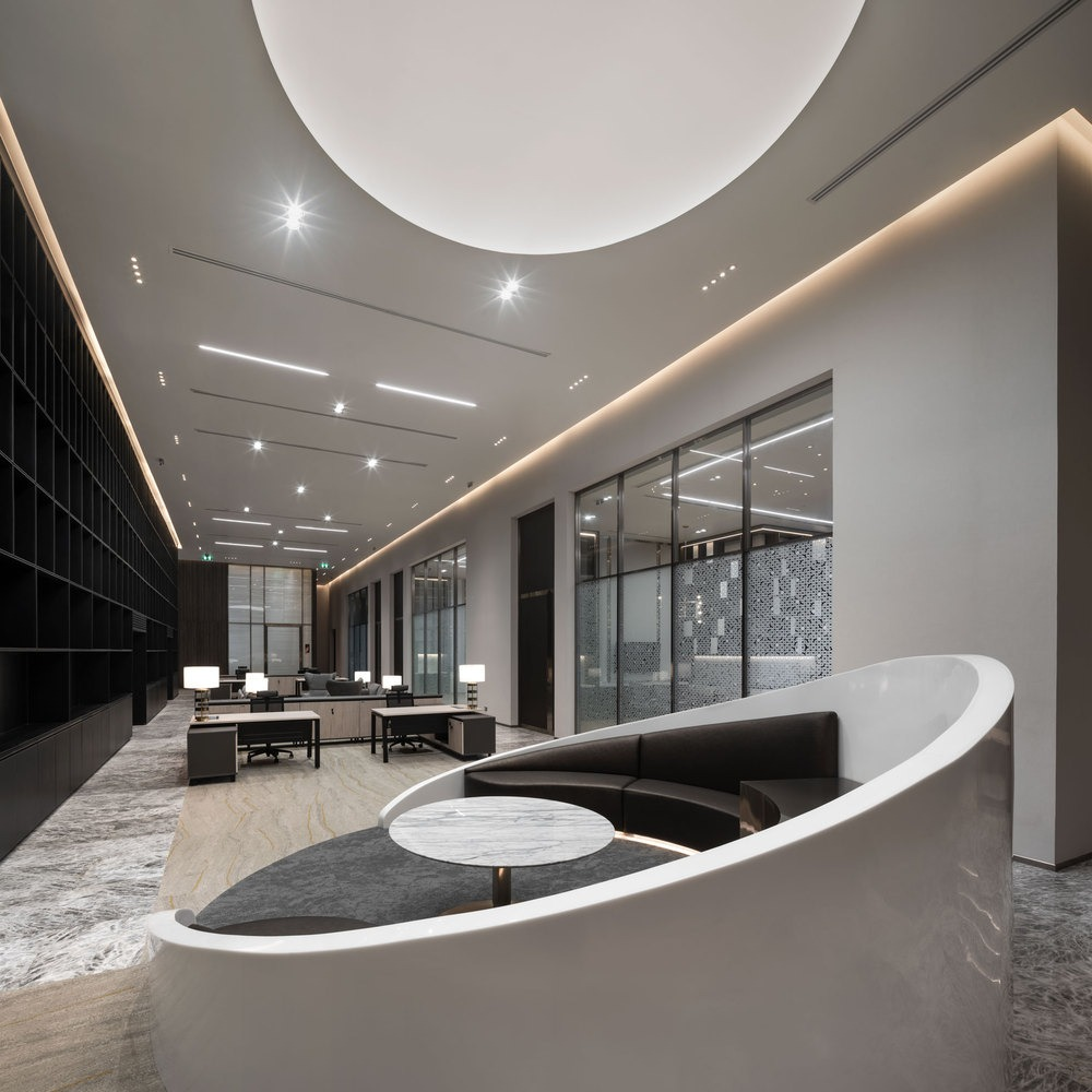 Throughout the interior of the office the designers kept a minimal color palette but in exchange focused a lot on texture, pattern and materials