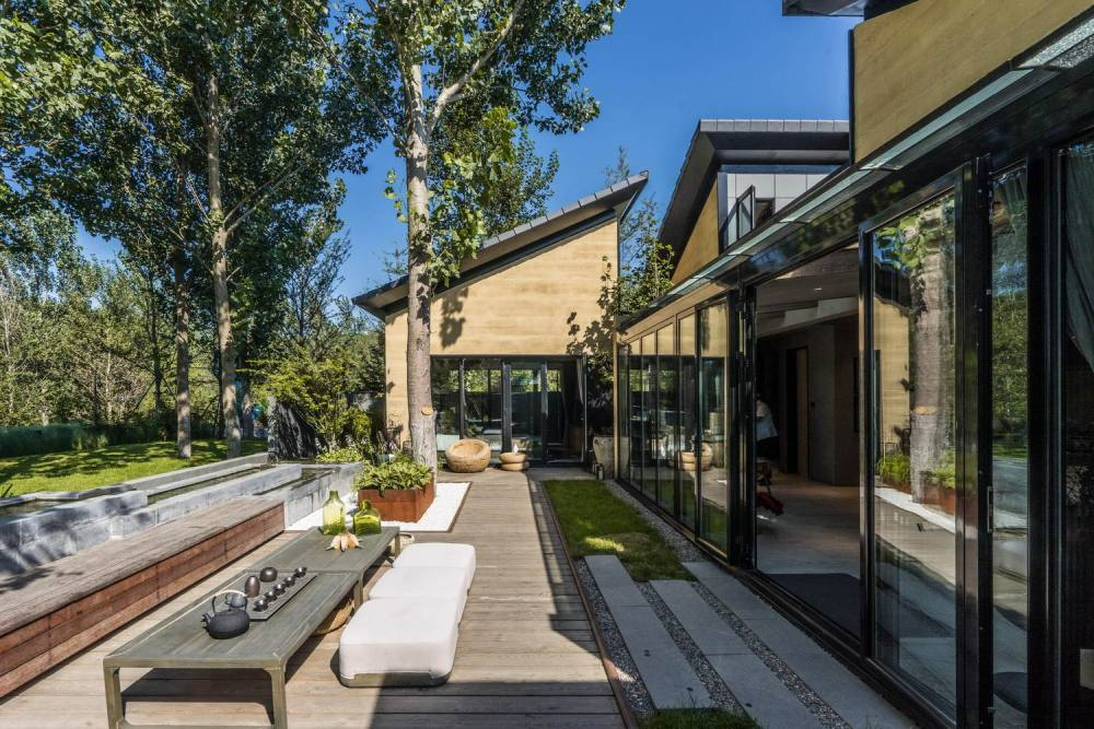 This particular layout offers easy access to the courtyard to all the different sections of the house