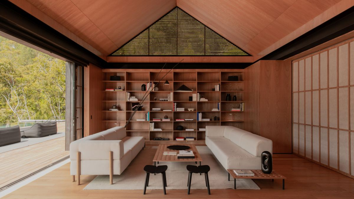 The interior design has Japanese and Scandinavian influences, both based on simplicity
