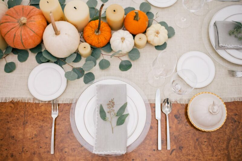Thanksgiving Colors Anyone Can Decorate Their Dining Room With