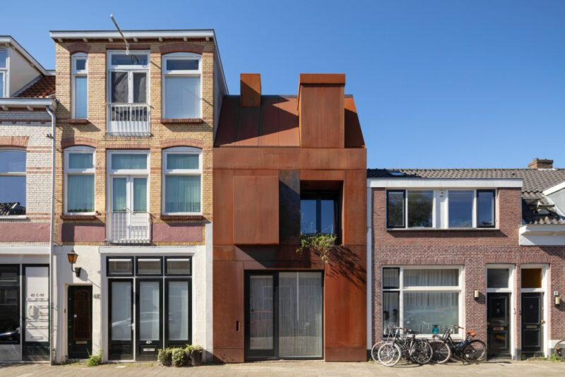 A Small Corten Steel House Takes The Place Of A Former Garage In Utrecht