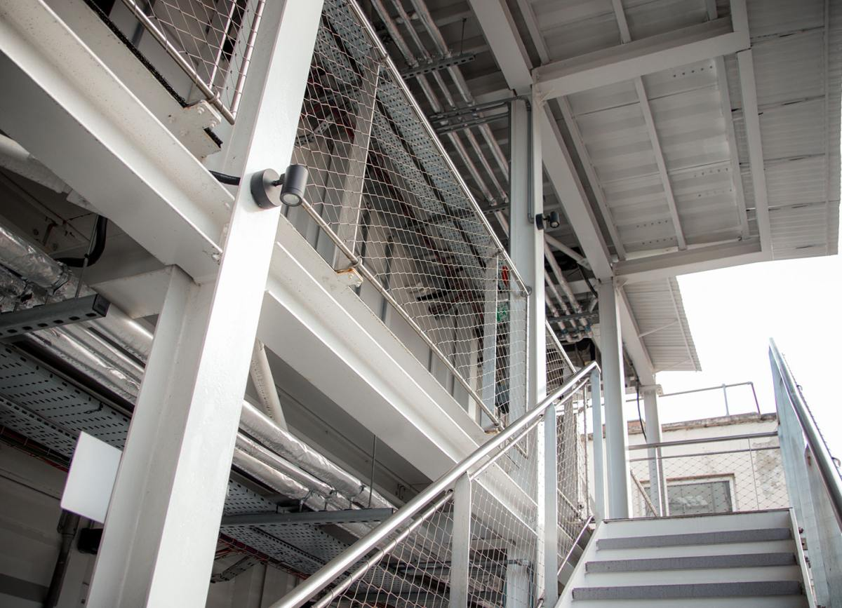 The back of the hotel features a series of metal staircases and balconies from where the London skyline can be admired