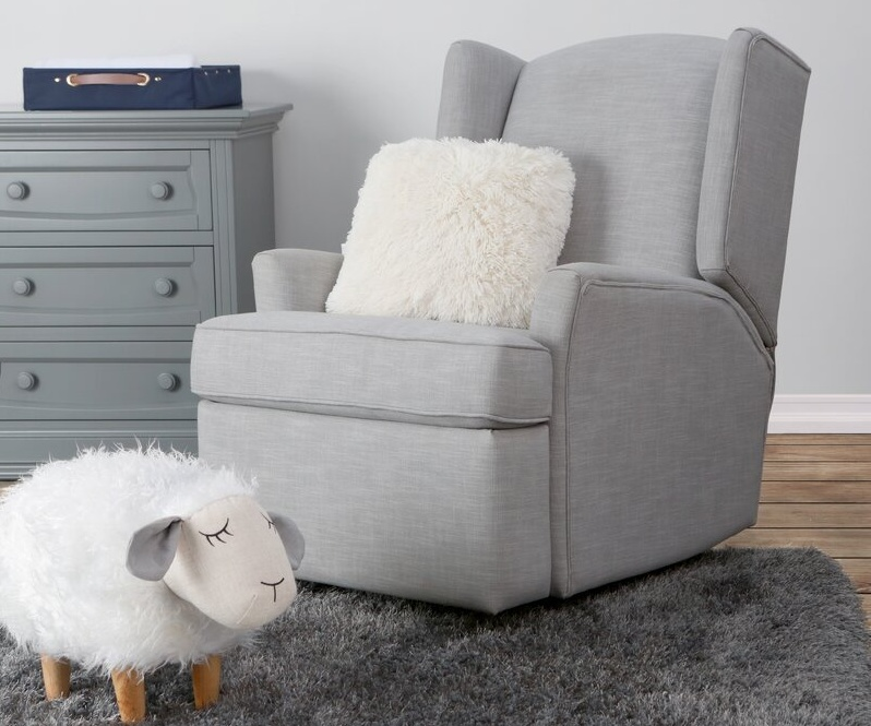 Furnishing Your Nursery Room With A Comfortable Glider Chair