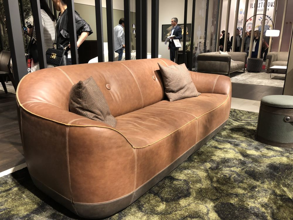 Tan Leather Sofas Are Trending And Here, Modern Tan Leather Sofa