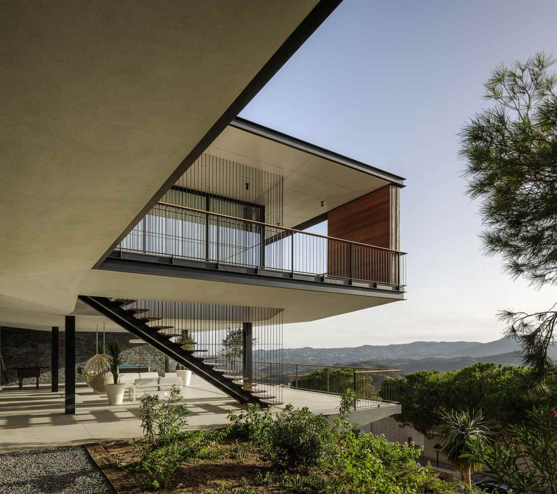 Villa K is set on the highest spot on the site which gives it a panoramic view in all direction