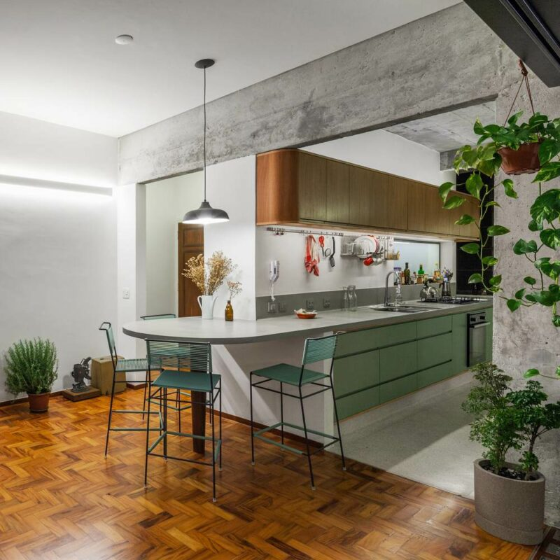 A Fresh Remodel Uncovers The Original Beauty Of A Historic Apartment in Brazil