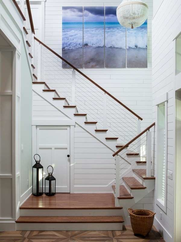 Feature Shiplap in a Stairwell