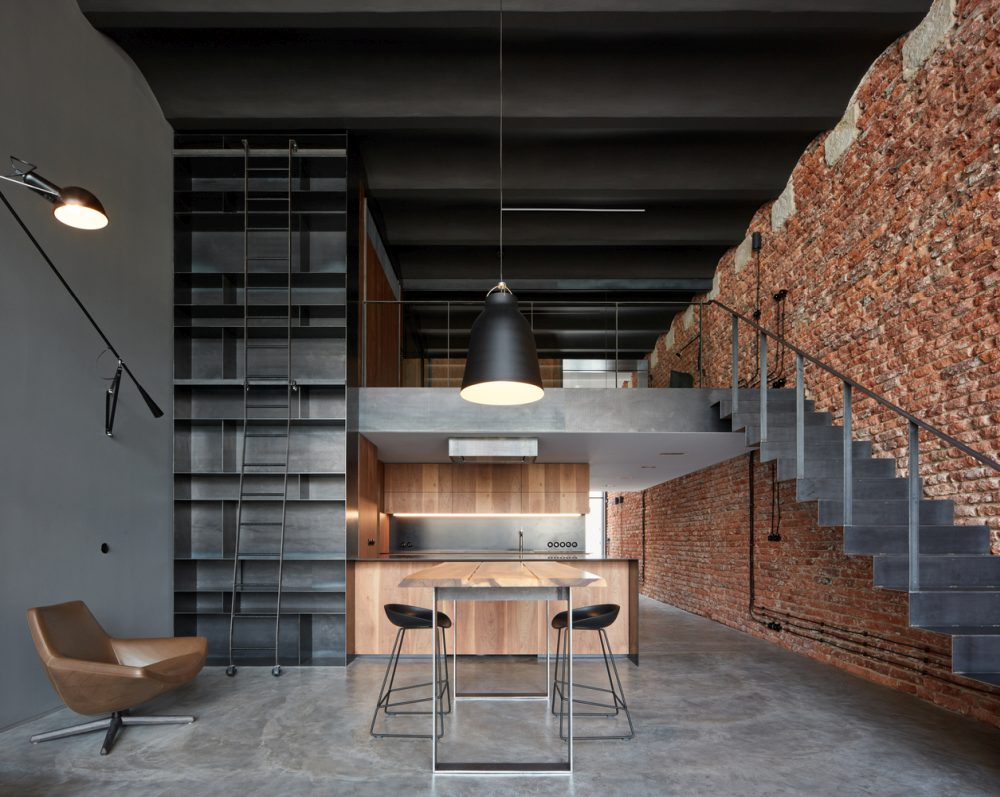 Returning To The Origins Of A Loft - CMC architects