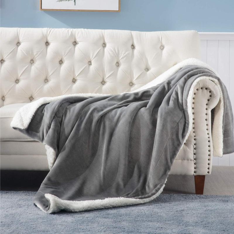 Bedsure Sherpa Fleece Blanket Twin Size