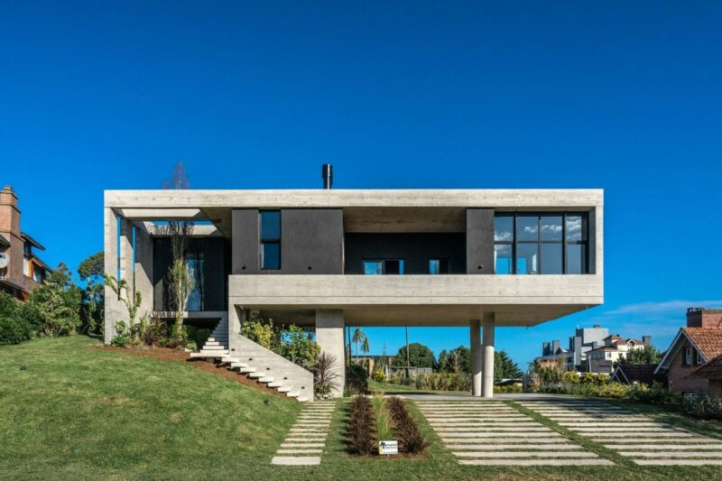 Cantilevered House Raised Off The Ground To Capture Views Of The Sea