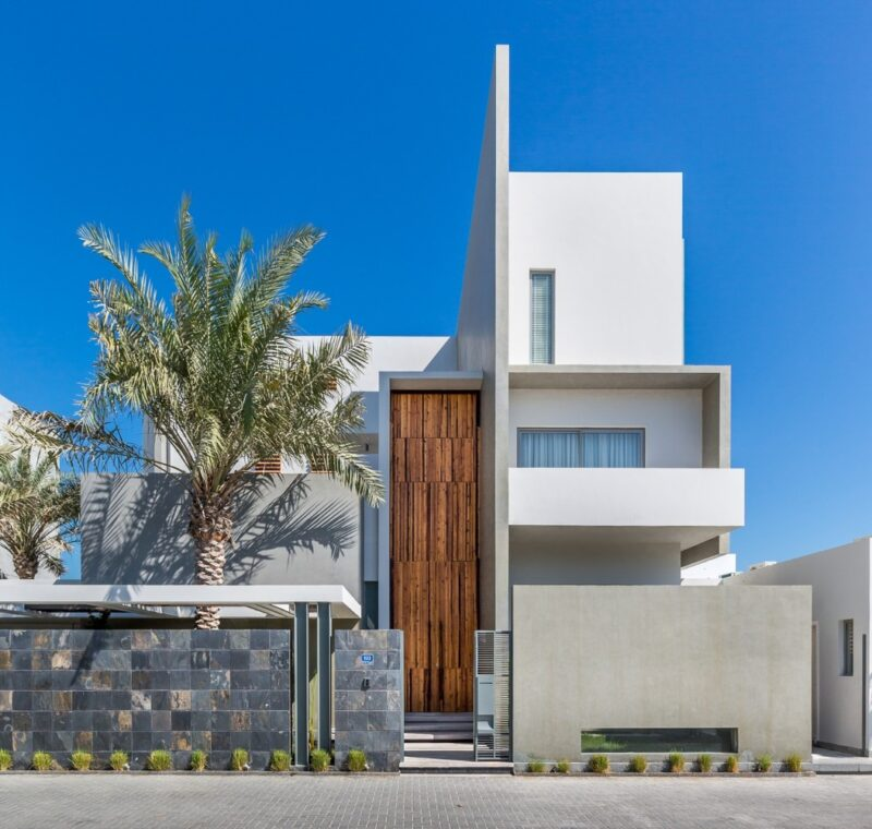 A Contemporary Villa In Bahrain With Gorgeous Distressed Details