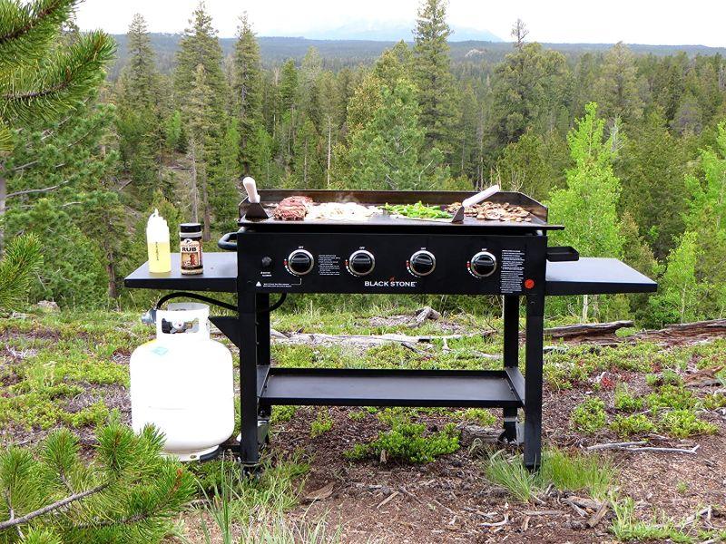 Blackstone 1554 Cooking 4 Burner Flat Top Gas Grill Propane