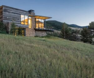 An Enchanting Mountain Home That Disappears Into The Rugged Landscape